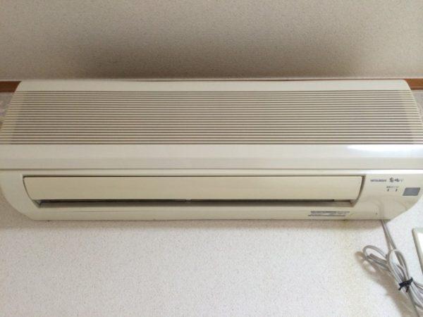 神戸市長田区片山町M様宅にてエアコンクリーニング一台